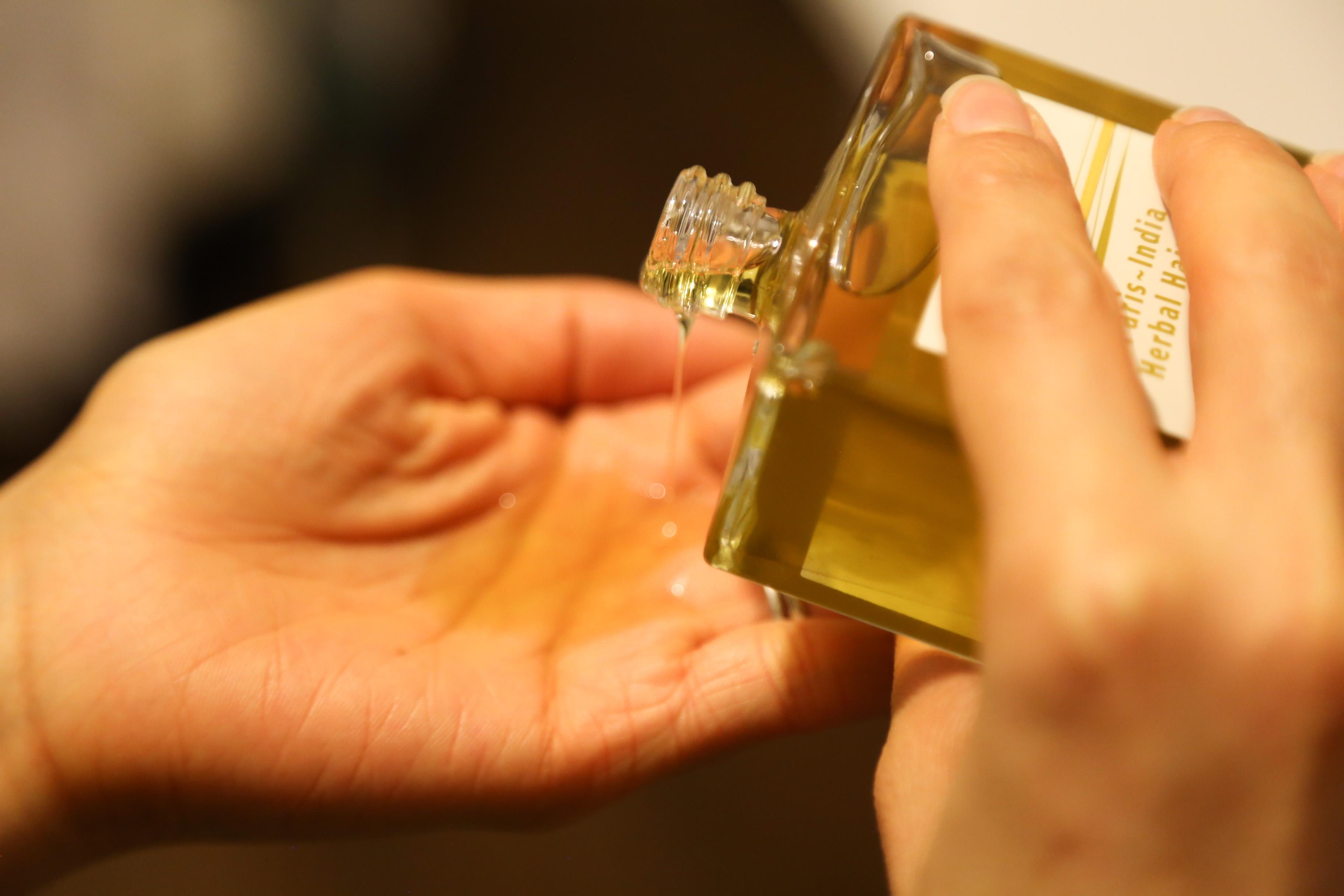 huile pour cheveu dayna 1